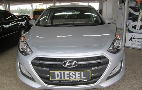 Hyundai i30 CRDi 110 Premium CW 1,6