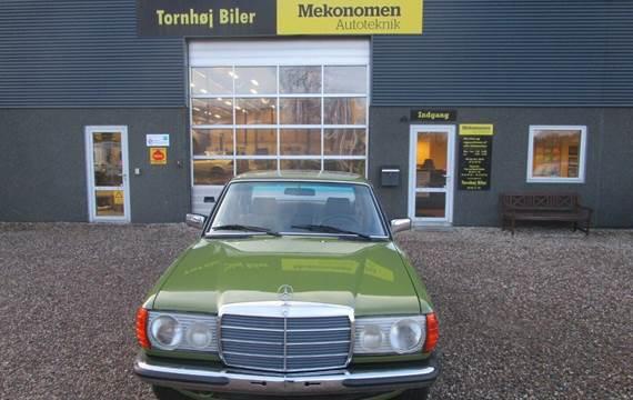 Mercedes 200 2,0