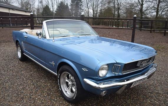 Ford Mustang V8 289cui. Convertible 4,7
