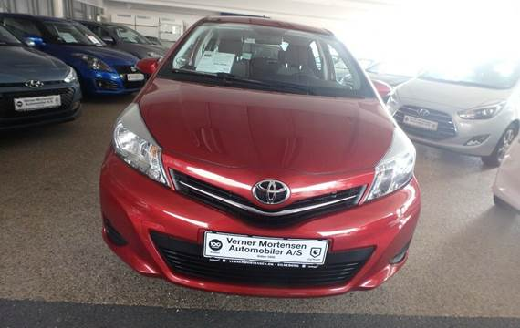 Toyota Yaris 1,3 VVT-i T2 Touch