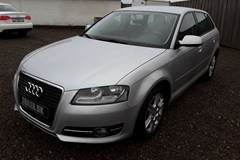 Audi A3 1,6 Attraction SB LTD