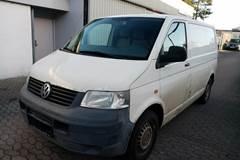 VW Transporter 1,9 TDi 104 Kassevogn kort