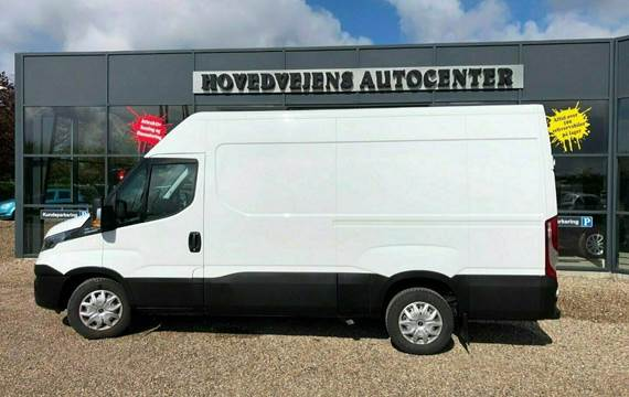 Iveco Daily 2,3 35S14 12m³ Van AG8