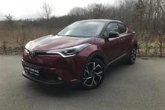 Toyota C-HR 1,8 B/EL C-LUB Selected Premium Bi-tone Multidrive S  5d Aut.