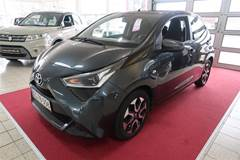 Toyota Aygo 1,0 VVT-I X-play + Connect  5d