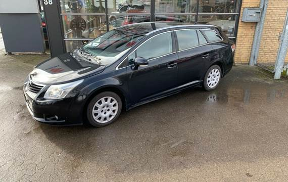 Toyota Avensis 2,0 D-4D T1 stc.