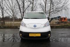 Nissan NV 200 EL Comfort Plus  Van Aut.