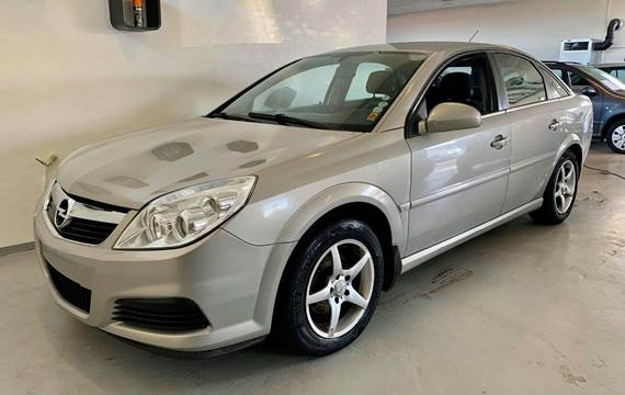 Opel Vectra 1,8 Essentia 122