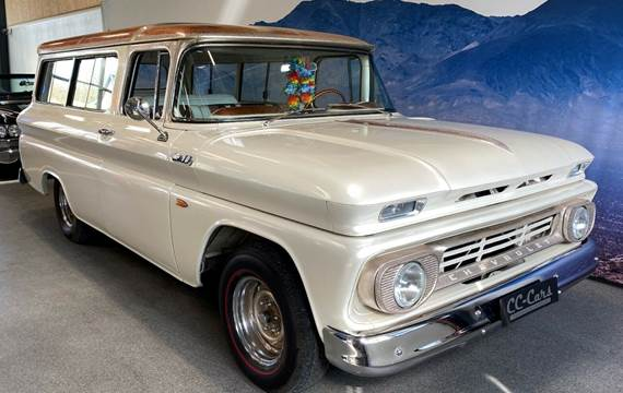 Chevrolet Suburban 5,7 stc.