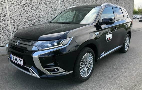 Mitsubishi Outlander 2,4 PHEV Intense CVT 4WD