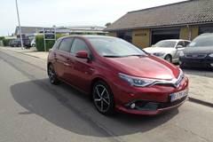 Toyota Auris 1,8 Hybrid H4 CVT