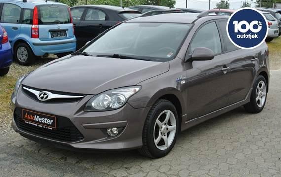 Hyundai i30 1,6 CVVT Comfort CW