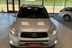 Toyota RAV4 2,2 D-4D 136 4x4 Van