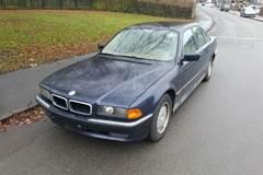 BMW 728i 2,8 aut.