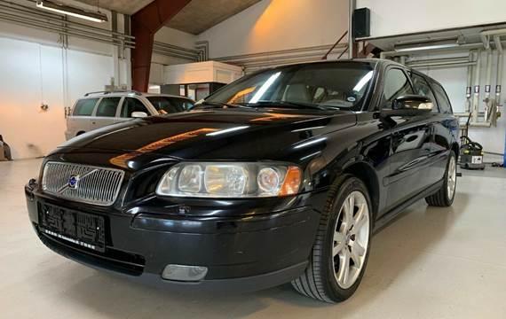 Volvo V70 2,4 170 Momentum aut.