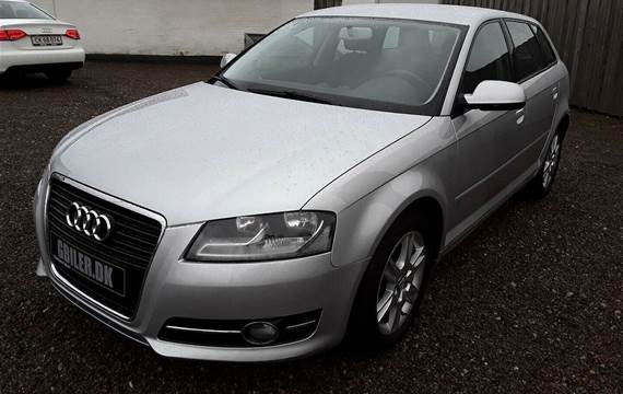 Audi A3 1,6 Attraction SB LTD