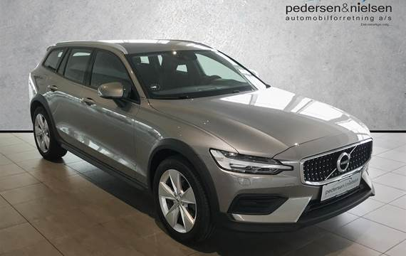 Volvo V60 Cross Country 2,0 D4 AWD 190HK Stc 8g Aut.