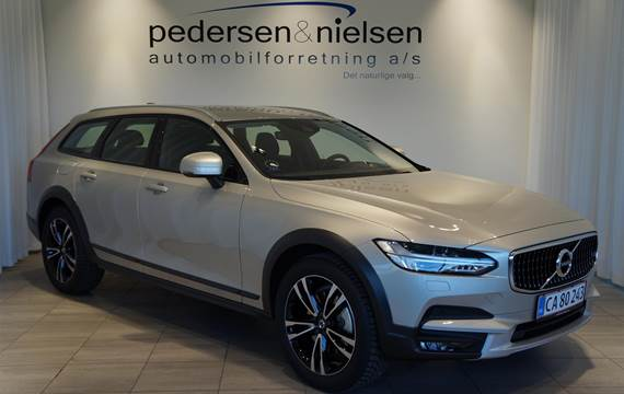 Volvo V90 Cross Country 2,0 D5 Pro AWD 231HK Stc 8g Aut.