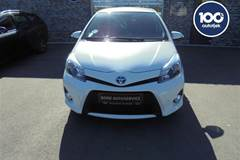 Toyota Yaris 1,5 B/EL H2 Premium E-CVT 100HK 5d Trinl. Gear