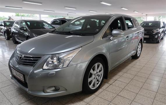 Toyota Avensis 2,2 D-4D DPF T4  Stc 6g