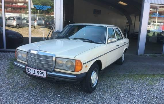 Mercedes 200 2,0 D