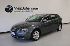 Audi A3 1,6 Attraction SB