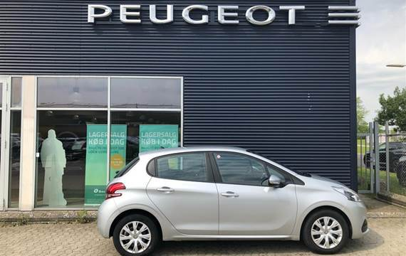 Peugeot 208 1,2 VTi Active  5d