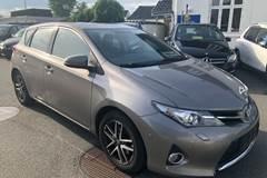 Toyota Auris 2,0 D-4D T2 Premium TS