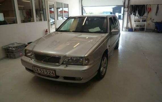 Volvo V70 2,0 SE