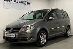 VW Touran 2,0 TDi 140 Highline 7prs
