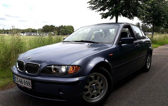 BMW 320i 2,2 aut.