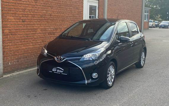 Toyota Yaris 1,3 VVT-i Lounge Edition