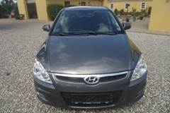 Hyundai i30 1,6 Person bil