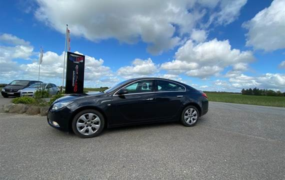 Opel Insignia 2,0 CDTI Cosmo  5d 6g Aut.