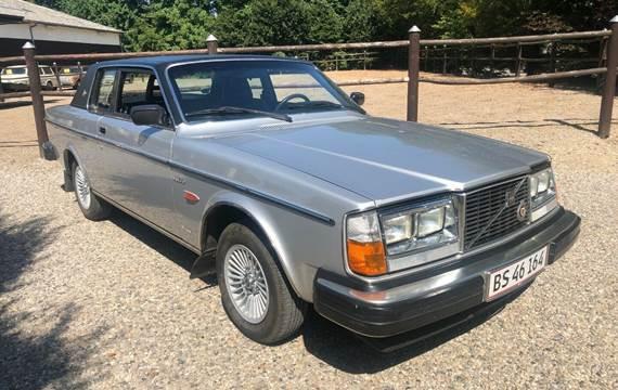 Volvo 262 2,7 C