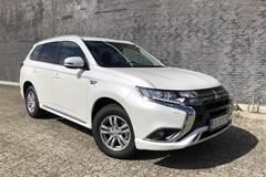 Mitsubishi Outlander 2,4 PHEV Inform+ 4WD  5d 6g Trinl. Gear