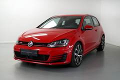 VW Golf VII 2,0 GTi Performance BMT