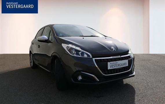 Peugeot 208 1,2 VTi Selection Sky  5d