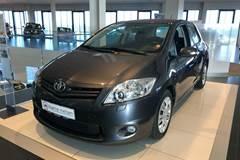 Toyota Auris 1,4 D-4D T2 M/M