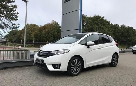 Honda Jazz 1,3 Elegance Navi 102HK 5d 6g
