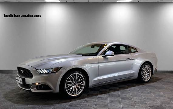 Ford Mustang 2,3 EcoBoost Fastback