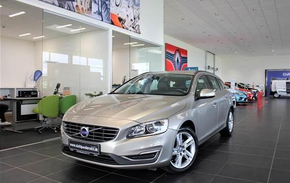 Volvo V60 2,0 T3 Momentum  Stc 6g