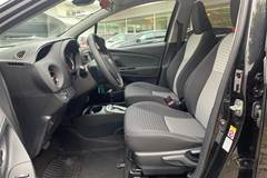 Toyota Yaris B/EL H2 Premium E-CVT 100HK 5d Trinl. Gear