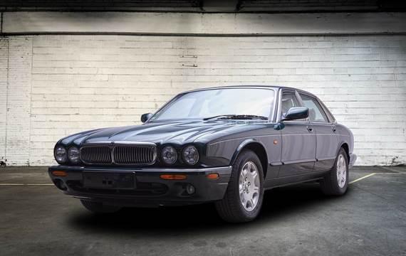 Jaguar XJ8 4,0 Sovereign aut.