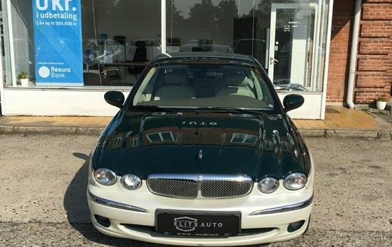 Jaguar X-type 2,5 V6 Classic 4x4