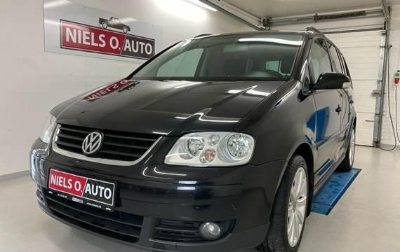 VW Touran 1,9 TDi 105 Highline DSG Van