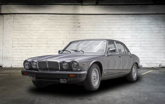 Jaguar XJ12 5,3 Sovereign