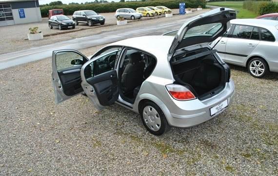 Opel Astra 1,6 16V Limited