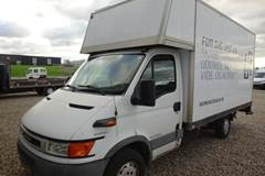 Iveco Daily 2,3 35S12 Alukasse