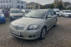 Toyota Avensis 2,0 Sol+ stc.